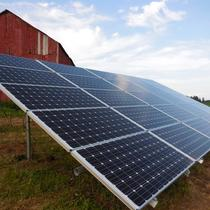 7.8kW ground mount on the farm, Rio, WI