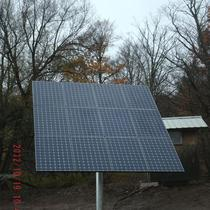Pole-top solar array