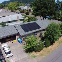 This 3.3kW system offsets all of the energy that this 1,200 sq. ft. SE Portland home uses!