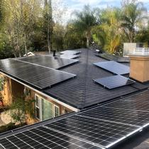 Beautiful House in Hollywood Hills went Solar